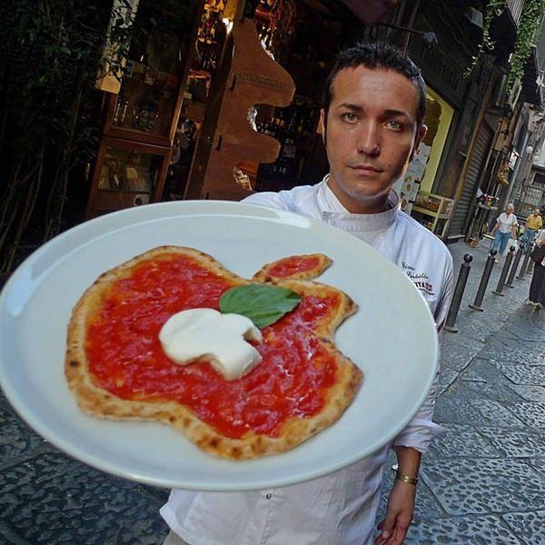 Пицца в стиле Apple