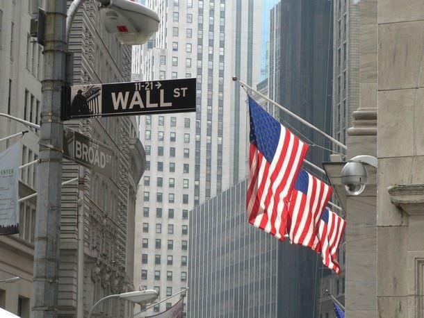 Аналитики Уолл-стрит