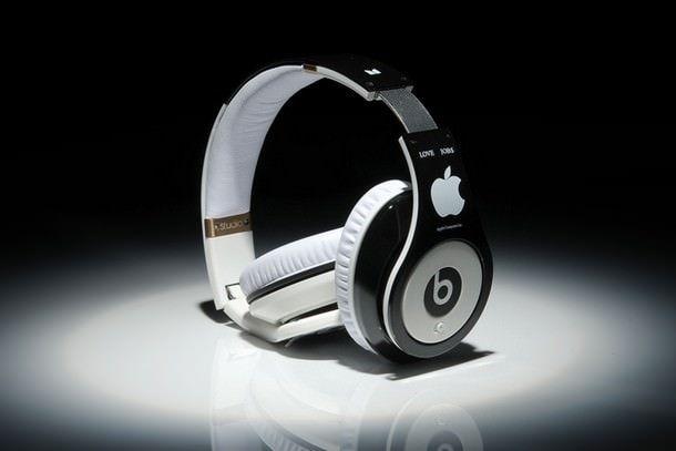 Apple покупает Beats Electronics