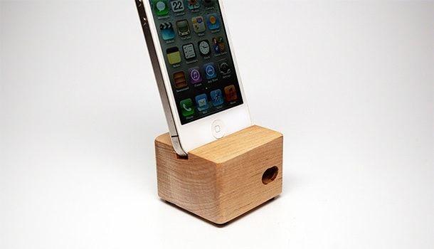 Док-станция Ecostic для iPad и iPhone