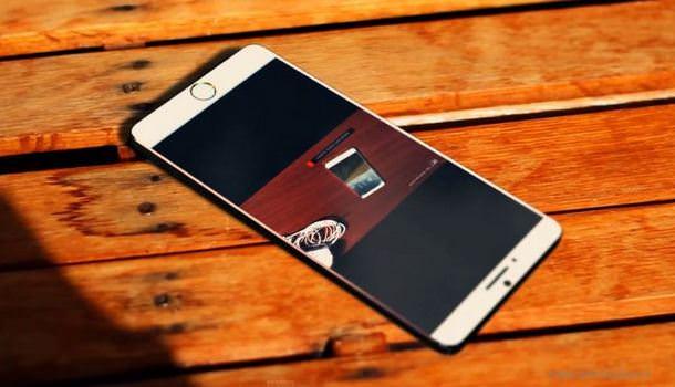 Реклама 4,7-дюймового iPhone 6