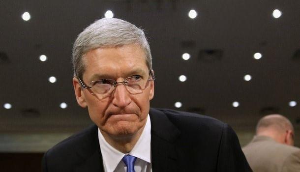 """""""Священная война"""" Apple"""