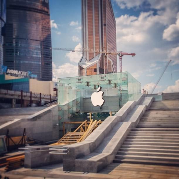 Фото московского Apple Store