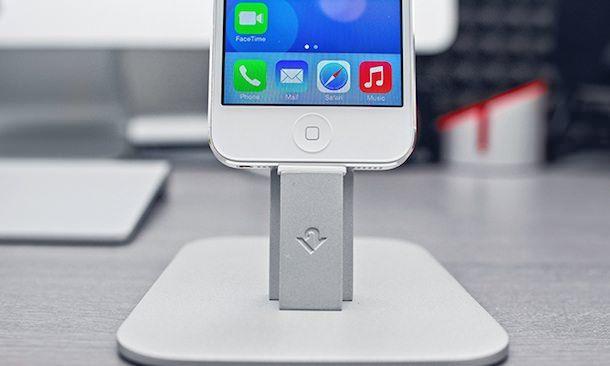док-станция для iPhone 5s