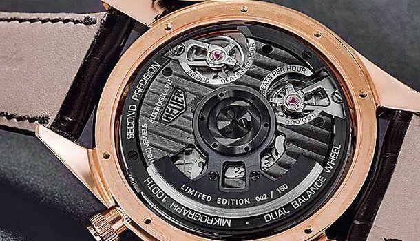 Часы швейцарской компании TAG