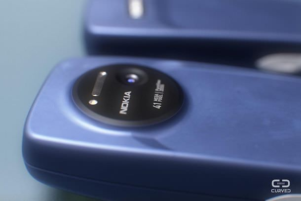 Смартфон Nokia Lumia 3310-3