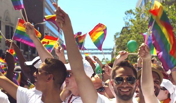 ЛГБТ прайд парад Apple