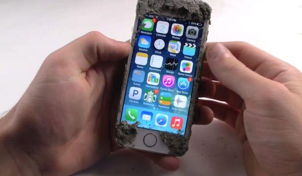 Самый прочный чехол для iPhone 5s
