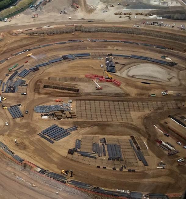 На новых снимках штаб-квартиры Apple видны зачатки фундамента