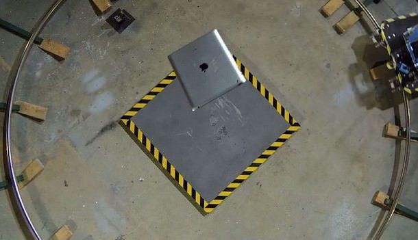 Краш-тесты iPad
