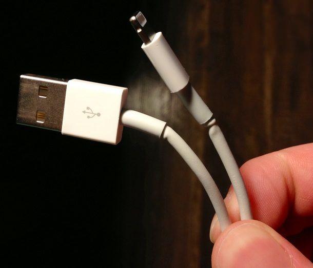Lightning-кабеля