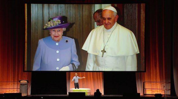 Королева и Папа Римский
