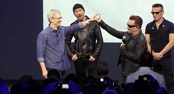 Apple заплатила группе U2 за альбом и выступление $100 млн