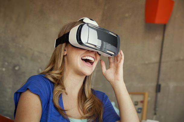 Шлем виртуальной реальности от Samsung