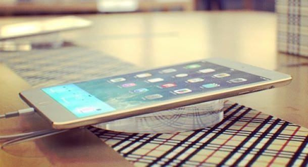 золотой iPad 2