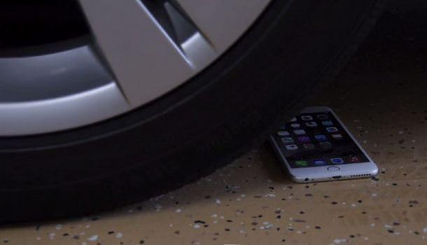iPhone 6 Plus vs BMW