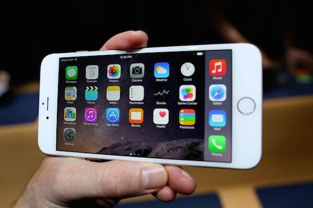 iPhone 6 Plus в ландшафтном режиме