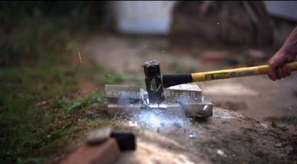 iPhone 6 Plus vc жидкий азот - очередной безумный краш-тест (видео)