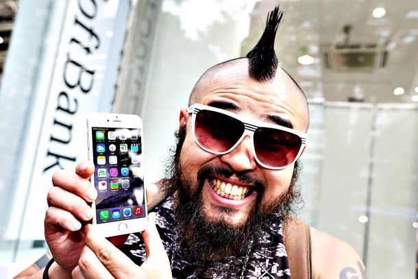 """Старт продаж iPhone 6 и iPhone 6 Plus в странах """"первой волны"""""""