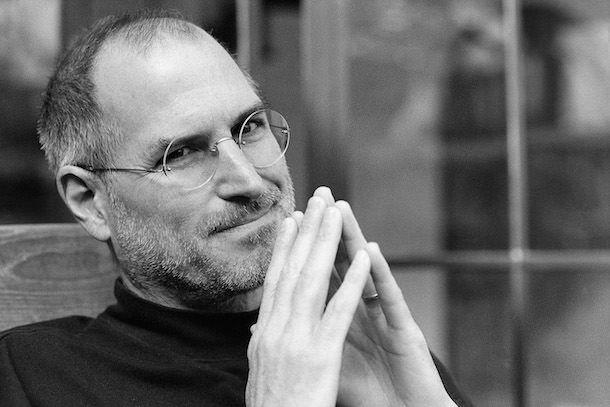 Задумчивый Стив Джобс