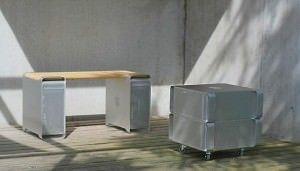 Дизайнер вдохнул новую жизнь в Power Mac G5, изготовив из компьютера стильную мебель