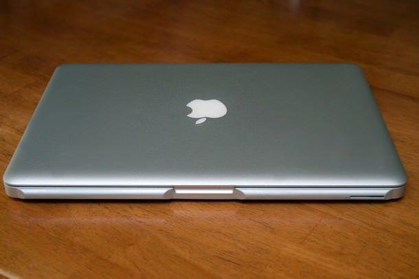 Аксессуар Ledge для MacBook сделает края ноутбука более округлыми и удобными