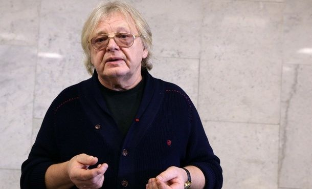 Юрий Антонов требует от Apple 450 млн рублей