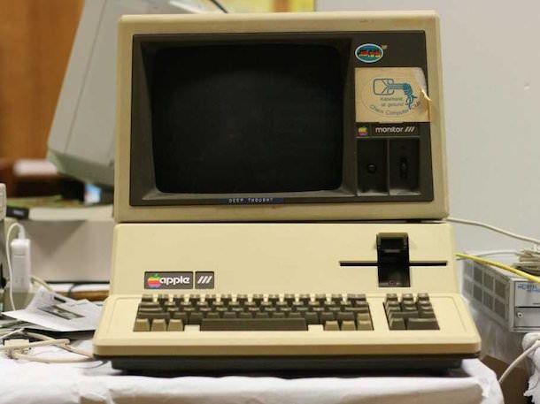 Компьютер Apple III