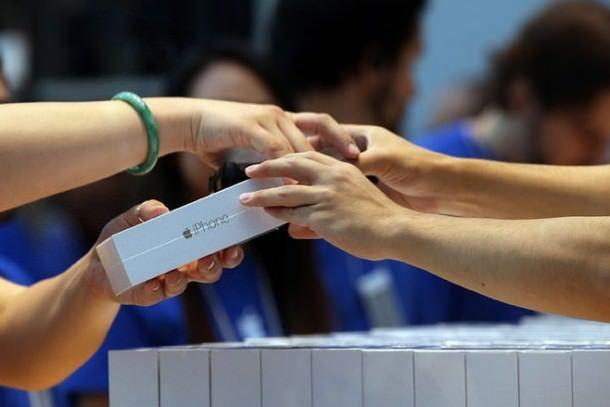 Цены на iPhone 6 и iPhone 6 Plus в России повысятся