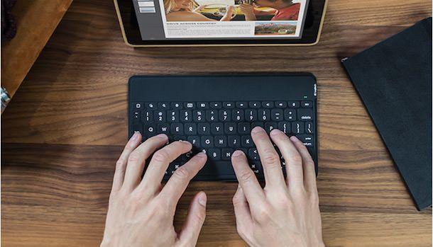 Клавиатура Logitech Keys-To-Go для iPad-4