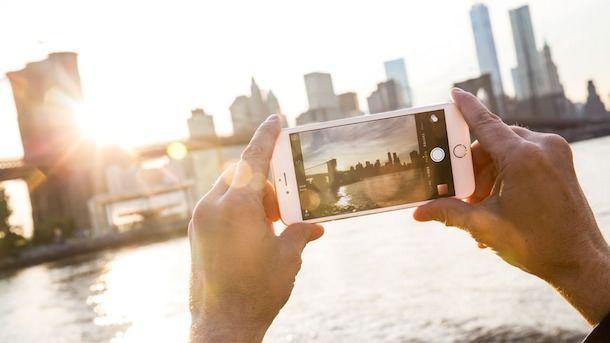 Новые рекламные ролики для Erno Laszlo были полностью сняты на iPhone 6 Plus (видео)