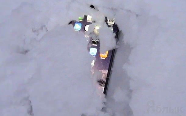 iPhone против снега