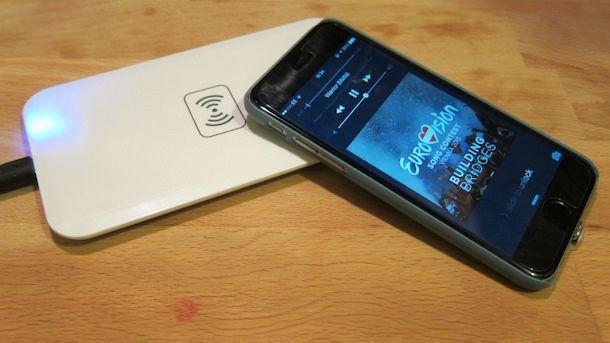 Беспроводная зарядка для iPhone 6 и не только