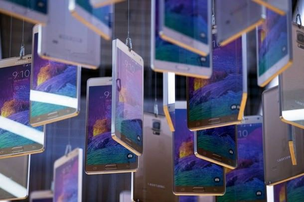 Прдажи смартфонов Samsung выросли на 300%