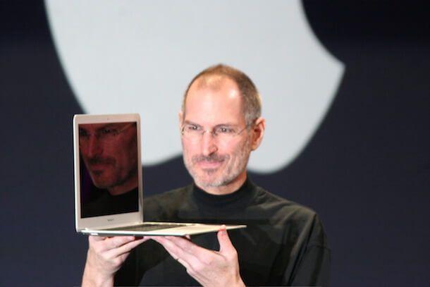 Стив Джобс анонсирует MacBook Air в 2008 году