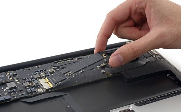 MacBook Air, SSD
