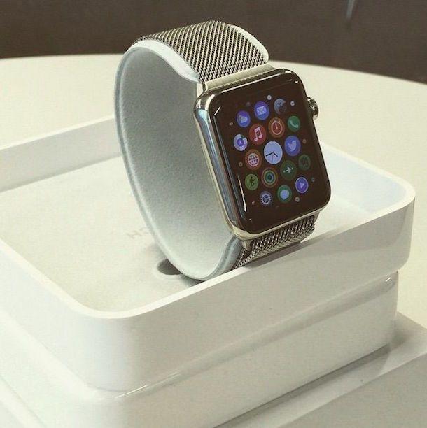 Упаковка Apple Watch