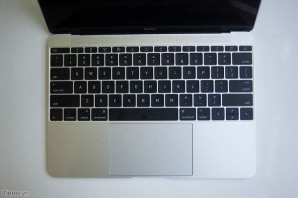 MacBook с дисплем Retina 2015 распаковка
