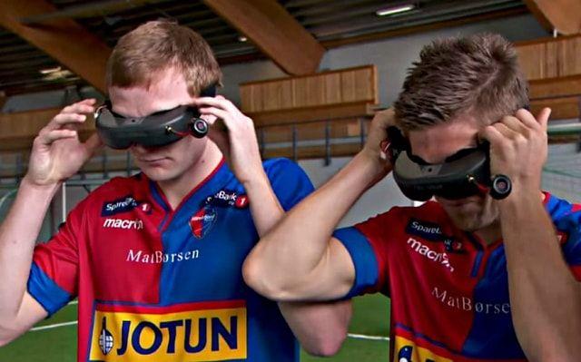 Футбол в шлемах виртуальной реальности