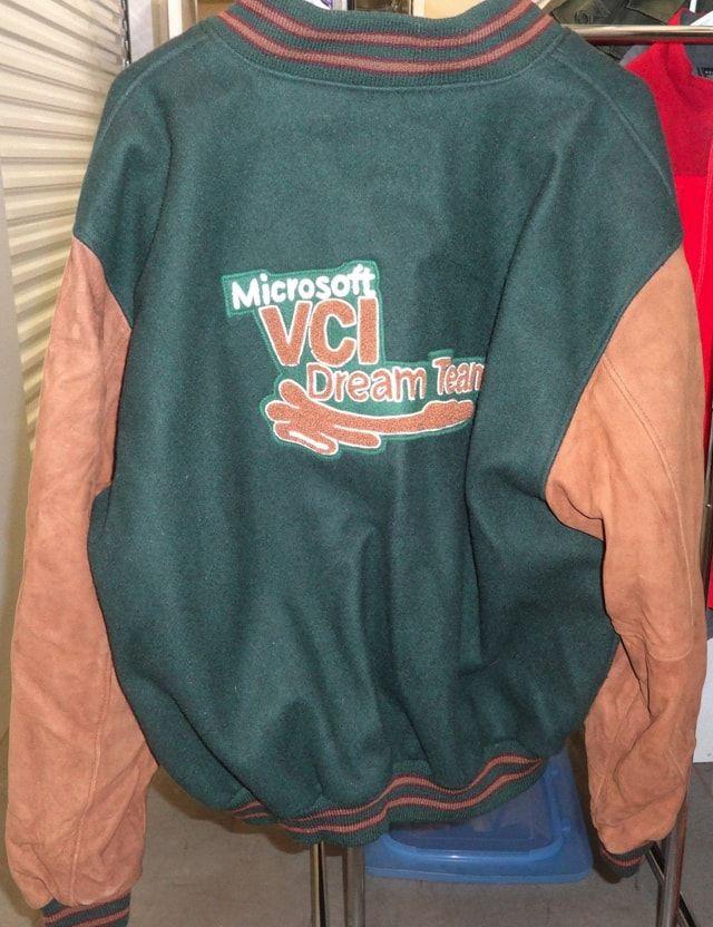 Одежда от IT-компаний