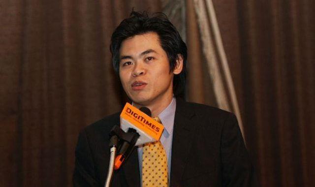 Минг Чи Куо, аналитик
