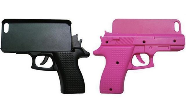 iPhone, чехол-пистолет