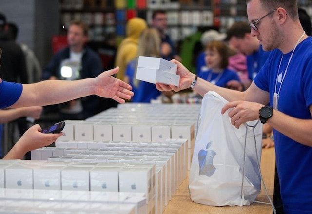 iphone 6 в apple store