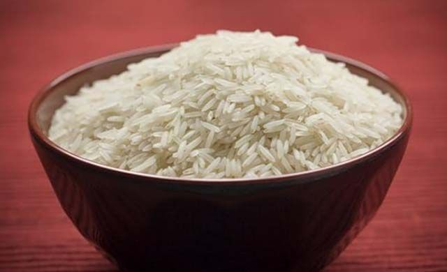 iPhone 5s, water, rice