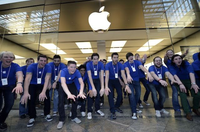 Работники Apple