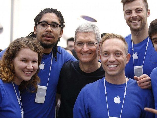 сотрудник Apple