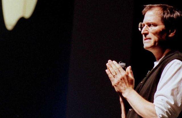 Стив Джобс в 1997 году