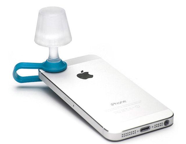 Peleg Luma Shade - миниатюрная лампа, пристегивающаяся к iPhone