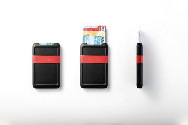 Phorce Pocket - кошелек и внешняя батарея