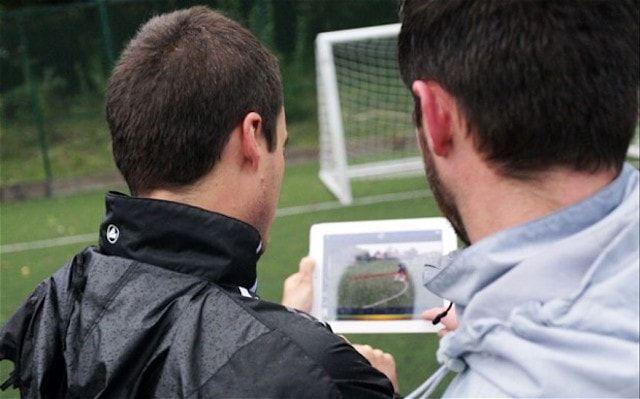 iPad у футбольного тренера